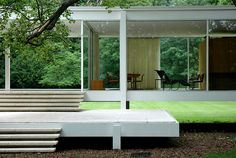 Farnsworth House by Mies van der Rohe_10