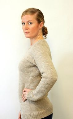 LADIES Classic Raglan Pullover // top down worsted by janerichmond, $5.50