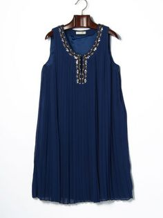 GREEN DALE GARNET - bijou embroidery pleated dress