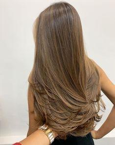 Brown Hair Balayage, Brown Blonde Hair, Hair Color Balayage, Brunette Hair, Hair Highlights, Light Brown Hair, Honey Hair, Aesthetic Hair, Grunge Hair