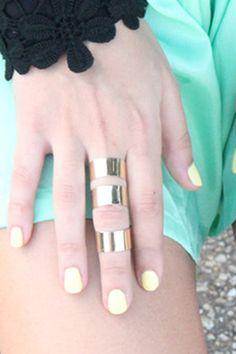 want this ring and nailpolish