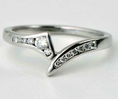 MARQUISE DIAMOND ENGAGEMENT RING WITH GRAIN SET SPLIT WEDDING ...