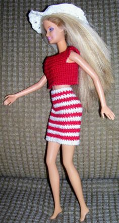 Handmade-Crocheted-Red-Top-Skirt-Top-Hat-for-Barbie-Doll-Barbie-Clothes