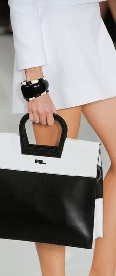 Ralph Lauren Spring this purse would go good with that black and white fierce dress)☺ leather handbags and purses Purses And Handbags, Leather Handbags, Fashion Bags, Fashion Handbags, Fashion Dresses, Ralph Lauren, Best Bags, White Fashion, Spring Fashion