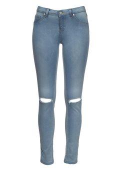 Mid rise skinny jean. 63% cotton 36% polyester 1% elastane.