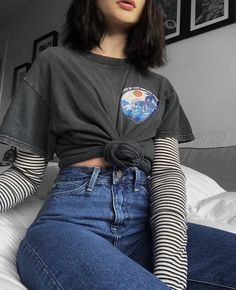 66 Outstanding Grunge Outfits Ideas For Women - Kleidung Edgy Outfits, Retro Outfits, Mode Outfits, Cute Casual Outfits, Fall Outfits, Fashion Outfits, Vintage Hipster Outfits, Women's Grunge Outfits, Layered Outfits
