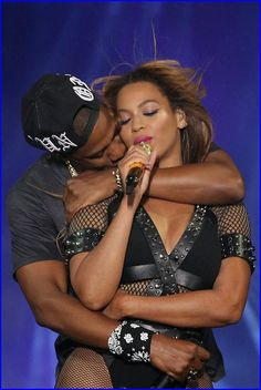 Watch: #Beyonce & #JayZ Profess Their Love For Eac...