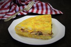 Tortilla rellena de champiñones, queso y jamón york | Cocina