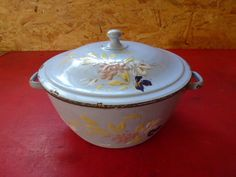 ancienne soupière émaillée motifs fleurs  no cafetière émaillée