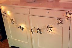 Stjärngirlang - ljusslinga med stjärnor av pinnar - Stars with light for Christmas