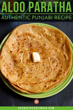 Aloo Paratha Recipe with step by step photos. Aloo Paratha is a unleavened whole wheat flat bread stuffed with a spiced potato stuffing. Aloo Recipes, Paratha Recipes, Potato Recipes, Indian Bread Recipes, North Indian Recipes, Indian Breakfast, Vegetarian Breakfast, Breakfast Recipes, Kitchens