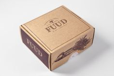 FUUD_We were asked to design the packaging for Fuud, a company dedicated on elaborating under monthly subscription, boxes of gourmet products and recipes. We focused on creating a warm and low cost box that would make the client keep it.