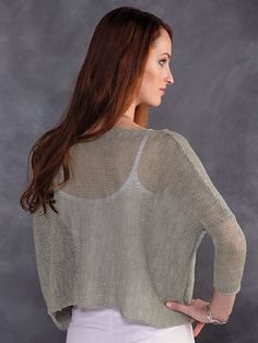 Here's a trendy top - with a twist! Knitted in fingering-weight yarn with oversized needles, it's the perfect weight for year-round wear! Knit with 2 skeins fingering-weight Berroco Ultra Alpaca Fine using U. Crochet Poncho Patterns, Sweater Knitting Patterns, Knitted Poncho, Addi Knitting Machine, Annie's Crochet, Finger Weights, Trendy Tops, Pull, Addi Express