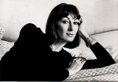 A page dedicated to my idol Anjelica Huston. Anjelica in my opinion is one of the best actresses of. Anjelica Huston, Fashion Magazine Cover, Julia Roberts, Best Actress, Classic Hollywood, Style Icons, Actors & Actresses, Celebrities, Peeps