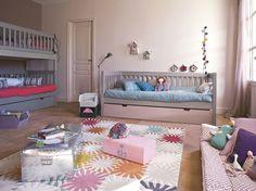 Une chambre d'enfant  - après relooking : http://www.maison-deco.com/conseils-pratiques/avant-apres/Une-chambre-d-enfant-avant-apres