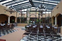 Preparamos el salón para la ceremonia. #boda #ceremonia
