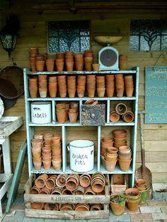 Vintage Garden Decor Ideas That You Need To Try Vintage garden design is a growing trend for outdoor living spaces. We present you vintage garden decor ideas for your garden improvement. Vintage Garden Decor, Vintage Gardening, Organic Gardening, Greenhouse Shed, Greenhouse Gardening, Allotment Shed, Garden Cafe, Garden Pots, Garden Sheds