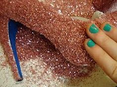 Something to keep in mind - just in case. Want glitter shoes but don't want to spend big bucks on them? DIY it. Sparkle Shoes, Glitter Heels, Sparkly Heels, Bling Shoes, Do It Yourself Fashion, Do It Yourself Home, Cute Crafts, Diy Crafts, Just In Case