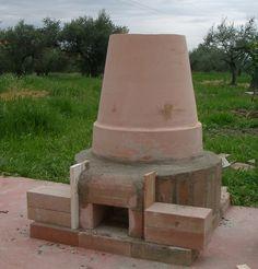 diy tandoori oven for garden! Wood Oven, Wood Fired Oven, Wood Fired Pizza, Oven Diy, Diy Pizza Oven, Pizza Ovens, Bbq Shed, Pain Pizza, Tandoor Oven