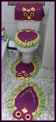 Artesanato com amor...by Lu Guimarães: Jogo de Banheiro Corujinha Owl Crochet Patterns, Owl Patterns, Toilet Tank Cover, Crochet Kitchen, Lana, Diy And Crafts, Projects To Try, Kids Rugs, Knitting
