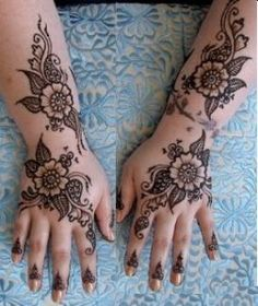 Image from http://www.carenstyle.com/wp-content/uploads/2011/07/Latest-Simple-Mehndi-Designs-For-Hands-1.jpg.