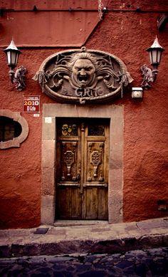 San Miguel de Allende, Guanajuato, Mexico door