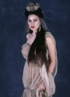 Monica Belluci as One of Dracula's Wives (Bram Stoker's Dracula)
