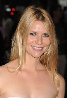 Claire Danes long casual hairstyle