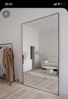 """I need a mirror this big 😍"" Room Inspiration Bedroom, House Rooms, Home Bedroom, Bedroom Interior, Bedroom Design, Home Room Design, Interior, Aesthetic Room Decor, House Interior"