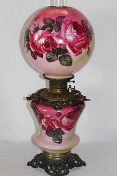 Late Original Gone with the Wind Oil Lamp with Roses Vintage Hurricane Lamps, Hurricane Oil Lamps, Vintage Lamps, Victorian Lighting, Victorian Lamps, Antique Lighting, Antique Oil Lamps, Old Lamps, Antique Decor