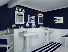 I love this navy blue and white bathroom.