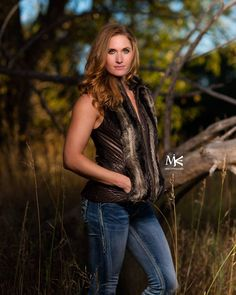 "Another great shot with @fitncamo.  You've just gotta love it when you've got one of your favorite clients that is a natural redhead.  Most people would never know that this ""farm girl"" from Kansas is also a married mother of 2 that also loves to go hunting for bears and more. . . ."
