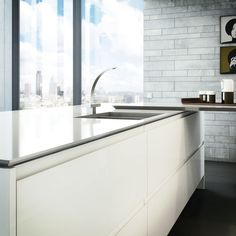 Pearl high gloss #handleless #kitchen from the Bibury range at Kitchen & Bedroom Store.