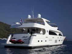 M&M | CNL Yacht