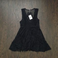 Free People Embroidered Mesh Reign Over Me Dress Super cute and intricate embroidered pattern on this soft Free People dress. New with Tags! ☺ Free People Dresses