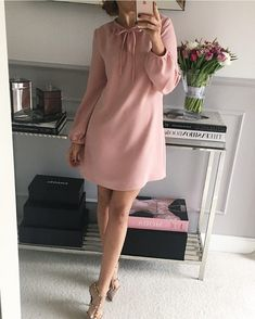 New Feminine style inspo. Chic Outfits, Dress Outfits, Casual Dresses, Dresses For Work, Elegant Dresses, Sexy Dresses, Summer Dresses, Work Outfits, Formal Dresses
