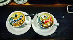 En culture coffee nos gusta ponerle color a los lunes  #verdadverdadera #culturecoffee_ #coffeeshops #coffee #cafe #caffeine #cafeina #coffeeaddict #adictosalcafe #cafedeespecialidad #specialtycoffee #flatwhite #espresso #kalita #aeropress #filtercoffee #glasses #coffeetime #coffeemorning #leonesp #vistoenleon #leoneses #caféenleón #coffeelovers #spain #barista #baristalife #latteart #matcha #matchalatte http://ift.tt/1Vbg53z