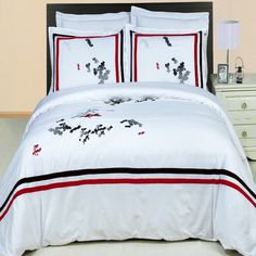 Modern Hotel Style Black White Red 100 percent Egyptian Cotton Embroidered Duvet Comforter Cover and Shams Set.  The 300 thread count bedding set features a red and black trim on white background