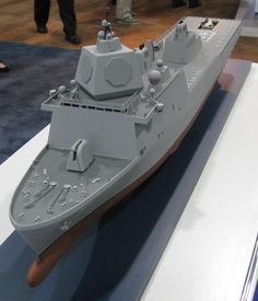 An interesting ship model was unveiled April 8 by Huntington Ingalls Industries at the Navy League's Sea-Air-Space gathering outside Washington: a ship intended primarily for the ballistic mi… Model Warships, Cruise Missile, Landing Craft, Us Navy Ships, Ballistic Missile, Air Space, Concept Ships, Modern Warfare, Aircraft Carrier