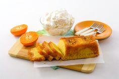 QUATRE-QUARTS À LA CLÉMENTINE ET À LA VANILLE Ce gâteau vite fait demande peu d'ingrédients. Il est merveilleux servi avec un peu de crème et une tasse de thé.