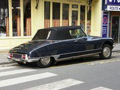 Citroen DS Cabrio #cars #gtyu #vintage