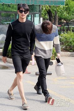150619 SHINee Minho and his sexy legs. - KBS Music Bank Started by onboms , A day ago