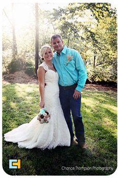 Wedding Pictures, Blue Wedding, Wedding Photographer Nevada Mo