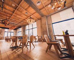 localuri Places In Town, Conference Room, Table, Furniture, Design, Home Decor, Decoration Home, Room Decor
