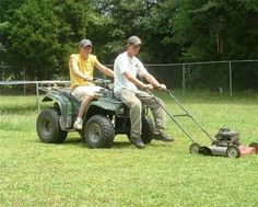 Recheck Riding Mower - 15 Hilarious Redneck Inventions (funny redneck) - ODDEE Redneck Humor, Redneck Games, Redneck Quotes, Comic Style, Down South, Thats The Way, Just For Laughs, Country Girls, Country Life