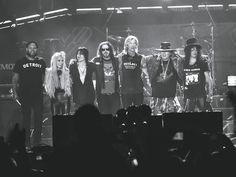 Guns N' Roses picks up where it left off in Detroit kickoff