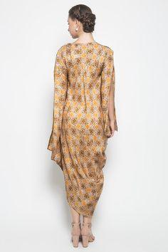 Areum Dress by Kayen Long Vests, Kebaya, Kaftan, Dan, High Neck Dress, Bridesmaid, Women's Fashion, Wedding Dresses, Beauty