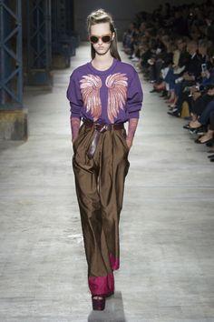 Dries Van Noten Spring/Summer 2016 Ready-To-Wear Paris Fashion Week Fashion Week, Fashion Show, Fashion Design, Fashion Trends, Uk Fashion, Paris Fashion, Couture Fashion, Runway Fashion, Womens Fashion