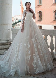 Buy discount Junoesque Tulle Scoop Neckline A-line Wedding Dresses With Lace Appliques & Beadings at Laurenbridal.com
