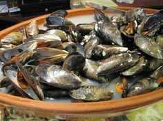 Mussels food-in-spain. This is a pretty popular meal in Spain.